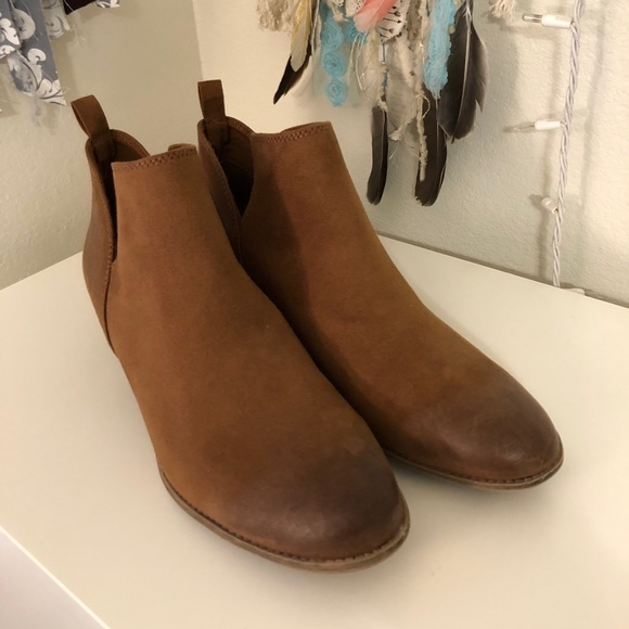 e0559b22340 Suede Booties. American Eagle By Payless. M 5a7a3f349cc7efd3c5a653ba.  M 5a7a3f3750687c1af26f5f13. M 5a7a3f3b8290afcff4f44dd6.  M 5a7a3f3fc9fcdfe2666dfb12